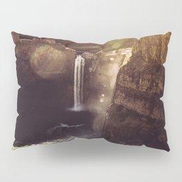 Desert Waterfall Pillow Sham