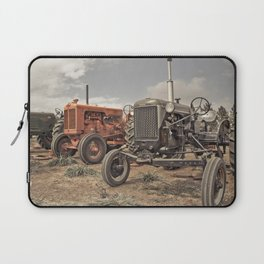 Tractor Show Laptop Sleeve
