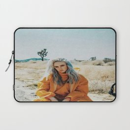 Billie Eilish 2 Laptop Sleeve