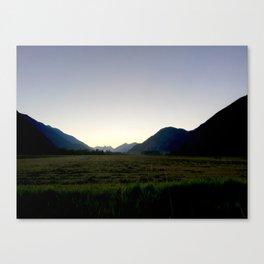 Tranquil mountains dusk Canvas Print