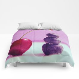 Food Design fresh Cherry and Bluebeeries Comforters