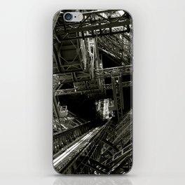 Eiffel Guts iPhone Skin