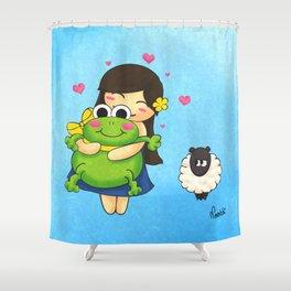 Nootchi et la grenouille Shower Curtain