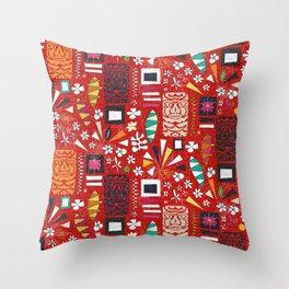 tiki red Throw Pillow