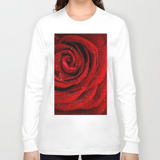 Red rose with sparkling droplets- Beautiful elegant Roses Long Sleeve T-shirt