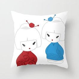 Japanese dolls Throw Pillow