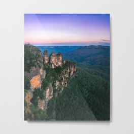 Cold morning but warm sunrise colors in the sky at Three Sisters in Blue Mountains. Metal Print