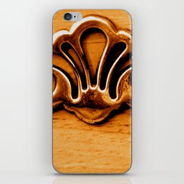 Hardware: Woodsman iPhone Skin