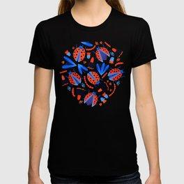 Classic Ladybug Botanical  T-shirt
