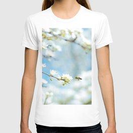 Flower Photography by Karsten Würth (@karsten.wuerth) T-shirt
