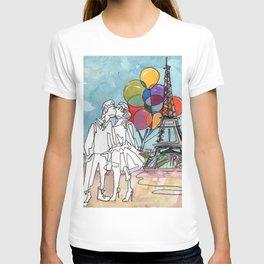 Kissing in Paris T-shirt