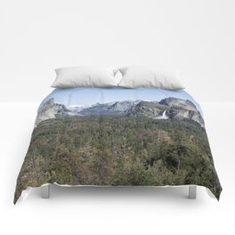 Tunnel View of Yosemite During Spring Comforters
