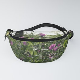 RED CAMPION WILDFLOWERS IN SUMMER WOODLAND GLADE Fanny Pack
