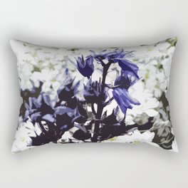 Standing out in the crowd Rectangular Pillow