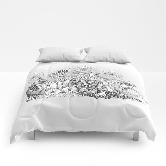 Zentangle Kids World - Black and White Illustration Comforters