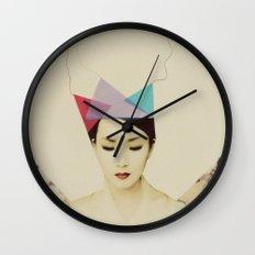q8 Wall Clock