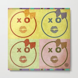 Kissy Lovey Face Grunge Metal Print