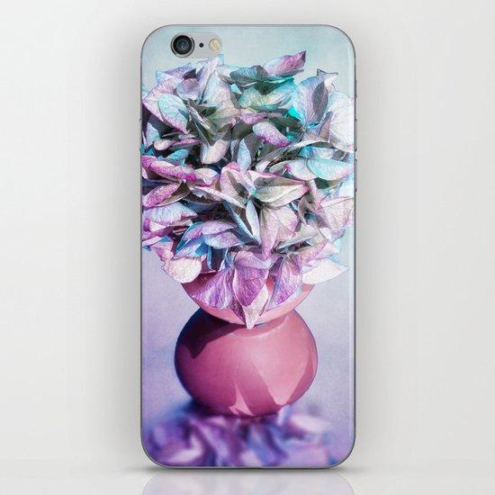NOSTALGIA - Still life with vase and hydrangea flowers iPhone & iPod Skin