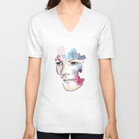 louis tomlinson V-neck T-shirts featuring Louis Tomlinson by bellavigg