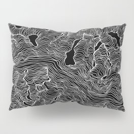 Inverted Enveloping Lines Pillow Sham