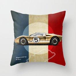 Le Mans Vintage GT40 Throw Pillow