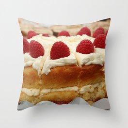 Yum yum cake Throw Pillow