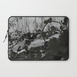 Snow covered ivy Laptop Sleeve