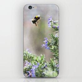 bumble bee flight iPhone Skin