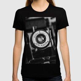 Classic Cameras. T-shirt