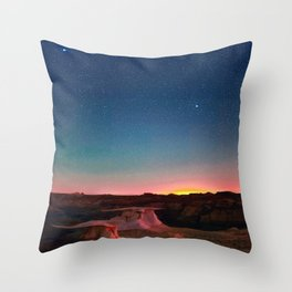 Bisti Badlands Hoodoos Under New Mexico Stary Night Throw Pillow