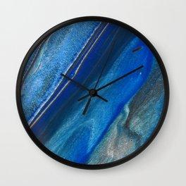 Dark Blue Flow II - Blue Striped Fluid Pour Painting Metallic Wall Clock