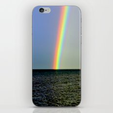 Pot of gold over the Bay iPhone & iPod Skin