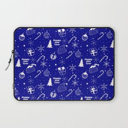 New Year Christmas winter holidays pattern with gifts, candys, christmas tree and toys, santa hat, s Laptop Sleeve