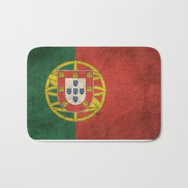 Old and Worn Distressed Vintage Flag of Portugal Bath Mat