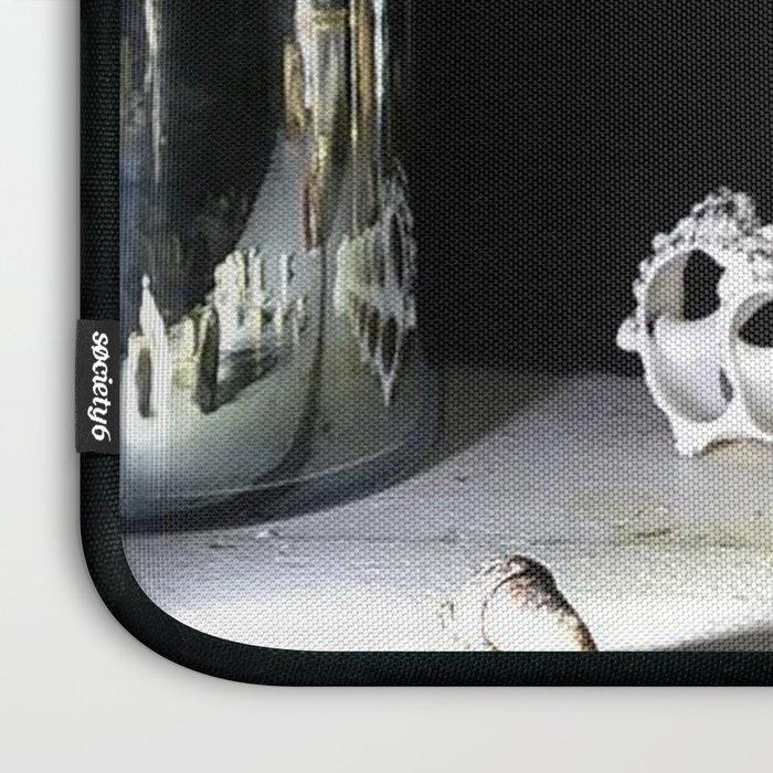 Vanitas I Laptop Sleeve
