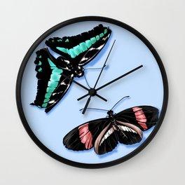Papillon vert Wall Clock
