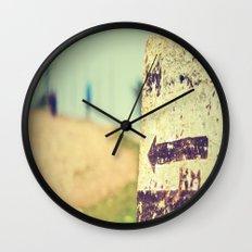 Km 28 Wall Clock
