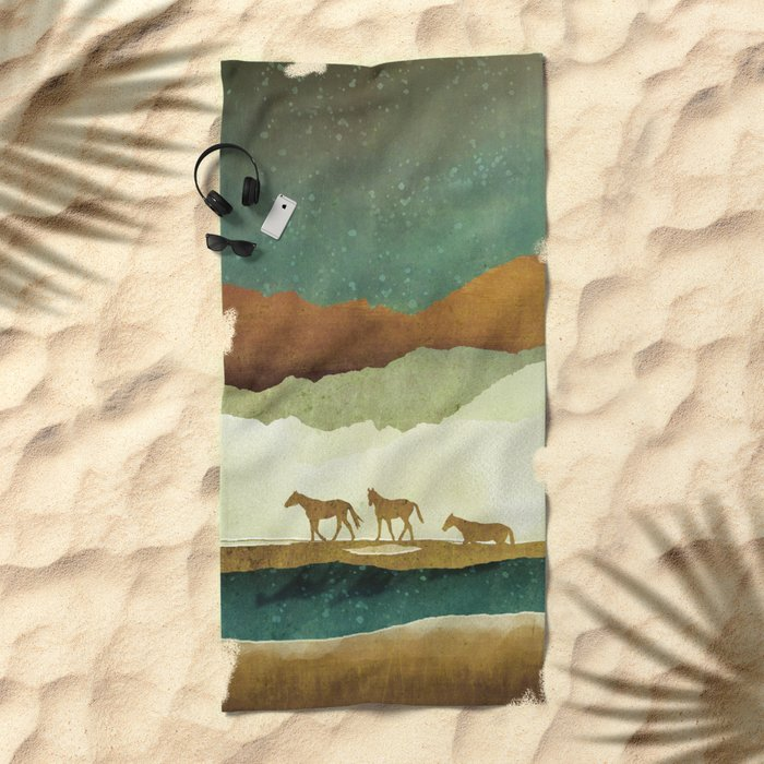 Star Range Beach Towel