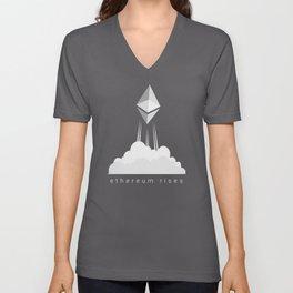 Ethereum rises to the moon T Shirt Unisex V-Neck