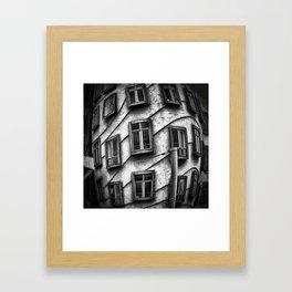 Geometrie praghesi [dancing house | Prague] Framed Art Print