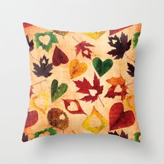 Happy autumn- hearts and leaves pattern Throw Pillow