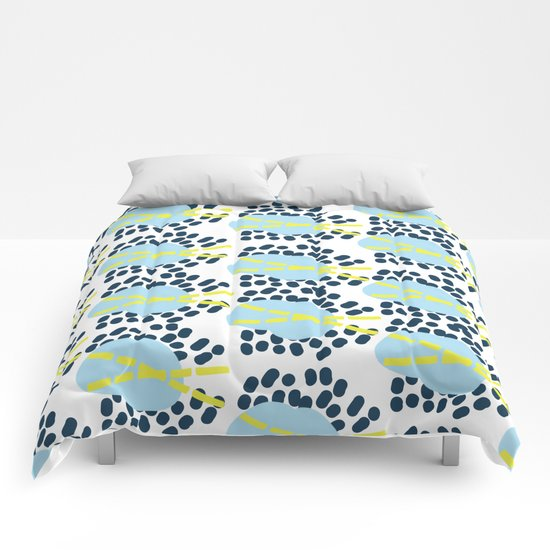 Leila - Abstract pattern, textile design  Comforters