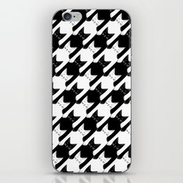 cats-tooth in black and white (houndstooth pattern) iPhone Skin