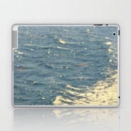 Sea Adventure - Ocean Crossing II Laptop & iPad Skin