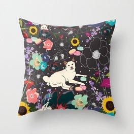 Momo Wonderland Throw Pillow