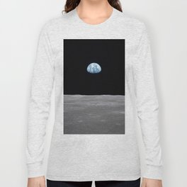 Earth rise over the Moon Long Sleeve T-shirt