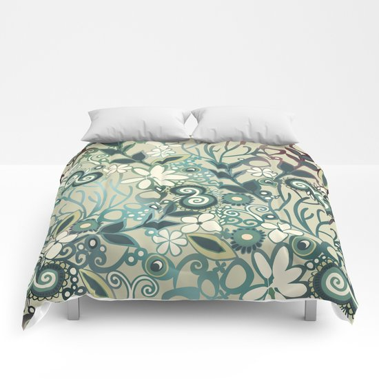 Detailed square of green and ocre floral tangle Comforters
