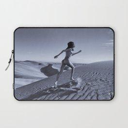 0811B Sandy Dune Nude | The Run Laptop Sleeve
