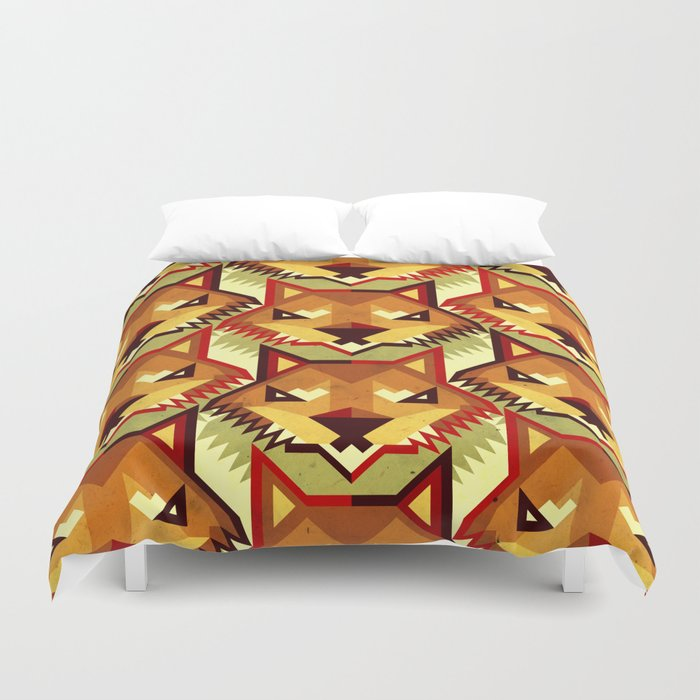 The Bold Wolf pattern Duvet Cover