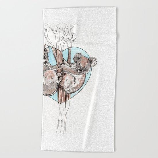 koala love Beach Towel
